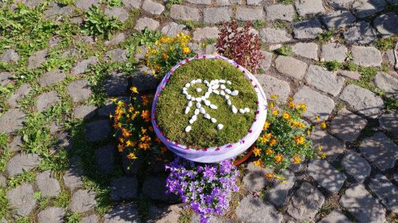 Das Reikiland Symbol wie jedes Jahr vor der Buddha Hall